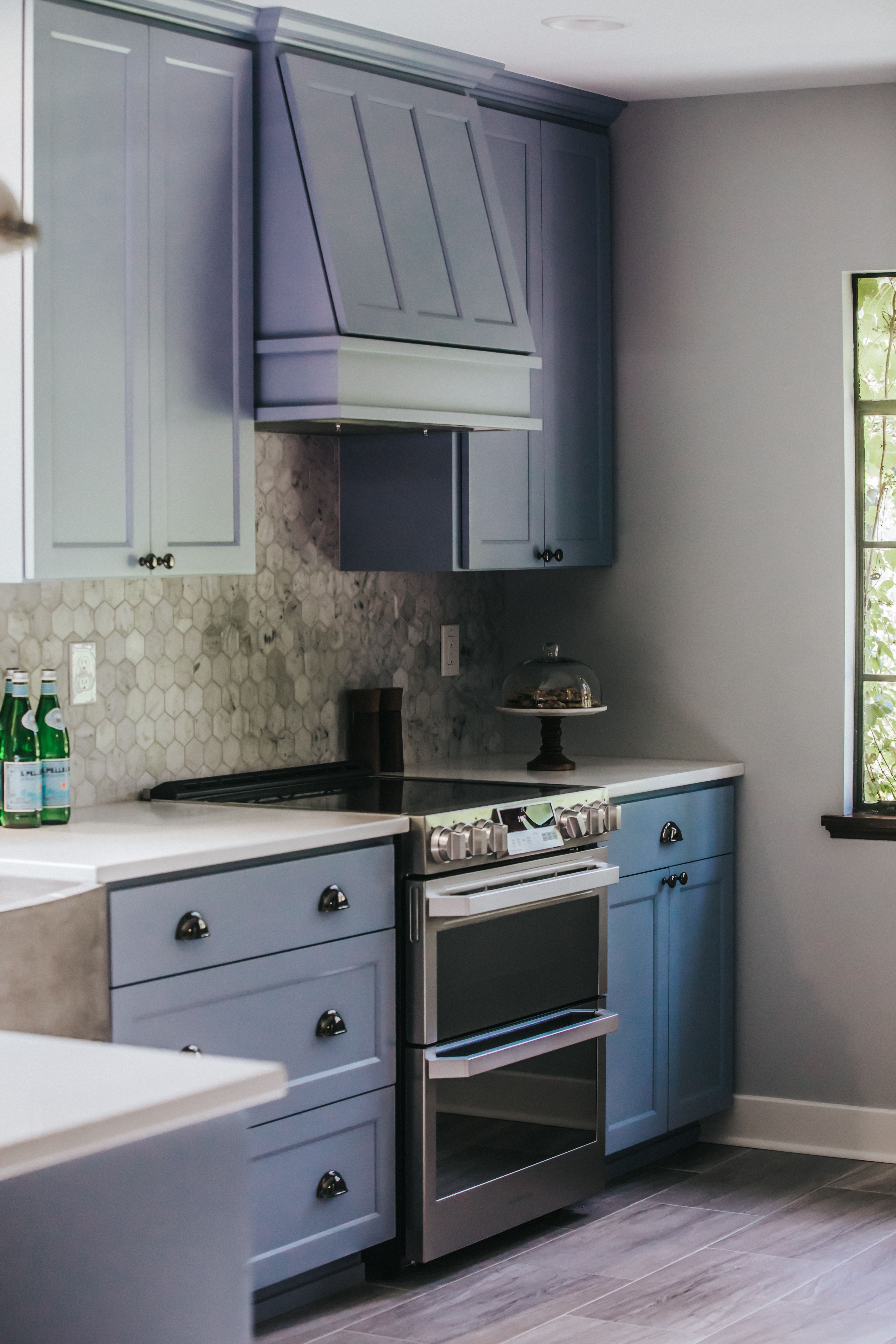 Kitchen Cabinets Spokane Custom Cabinets with Custom hood | Best kitchen cabinets, Modern