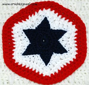 Crochet 4th of July Star Potholder - free 4th of July crochet patterns Join and make this into an afghan.
