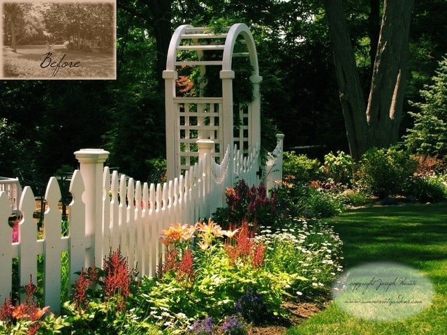 Small Cottage With Picket Fence Lanscaping | Small White Picket Fence Arbor.