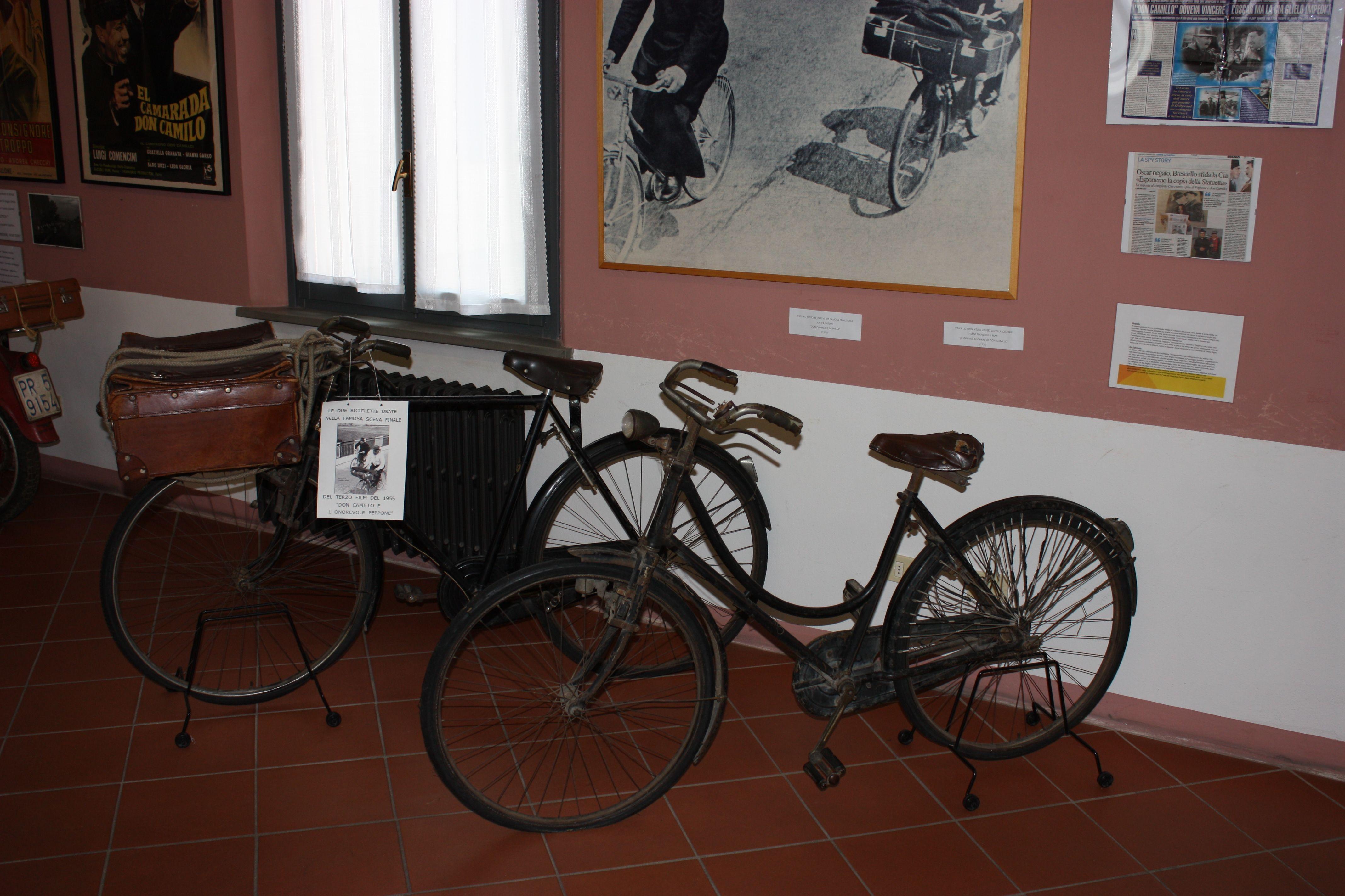 Die Fahrräder mit denen Don Camillo und Peppone vom Bahnhof heimfuhren