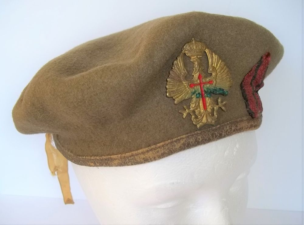6c8b9a0fccb7e AUTHENTIC ANTIQUE 1930S SPANISH CIVIL WAR NATIONALISTS MILITARY BERET W  BADGE sold
