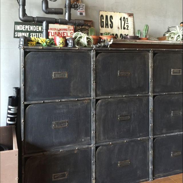 とっても便利!!ニトリの扉付きカラーボックスをリメイク (RoomClipmag) - LINEアカウントメディア
