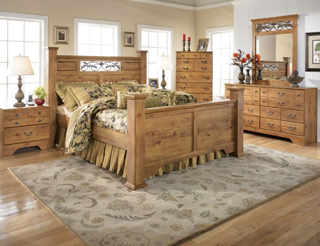 Like the greens and the wood Bedroom Style Pinterest French