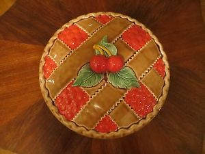 Cherry Design Plates | PIE PLATE with CERAMIC DECORATIVE 3D CHERRY DESIGN LID New & Cherry Design Plates | PIE PLATE with CERAMIC DECORATIVE 3D CHERRY ...