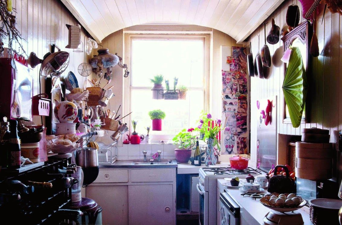 Cluttered kitchen | A Place to Call Home | Pinterest | Cocinas