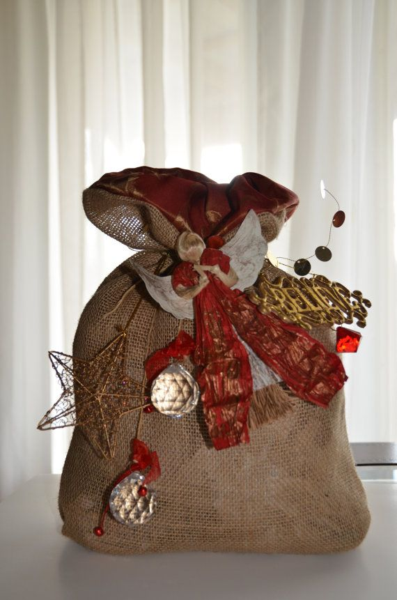 A beautiful burlap Santa Sack for decorative use. by patsyj, $25.00