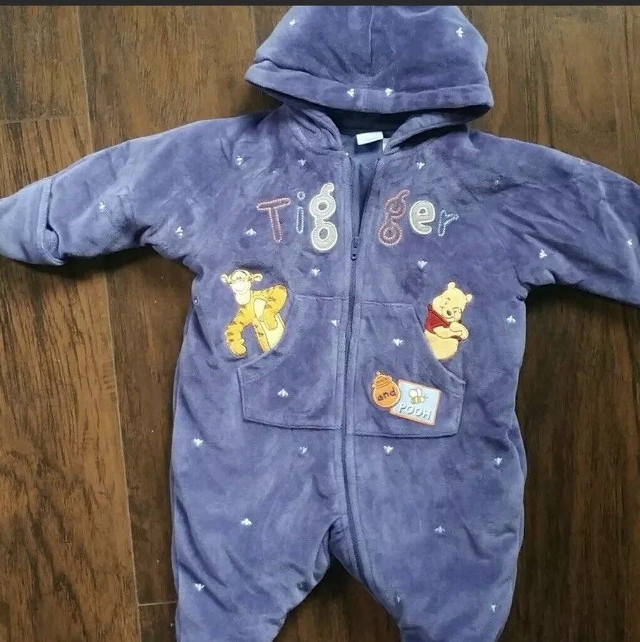 f6ce1f14dcd1 DISNEY 0-3 MONTH BABY BOY THICK DARK BLUE TIGGER   POOH HOODED ...