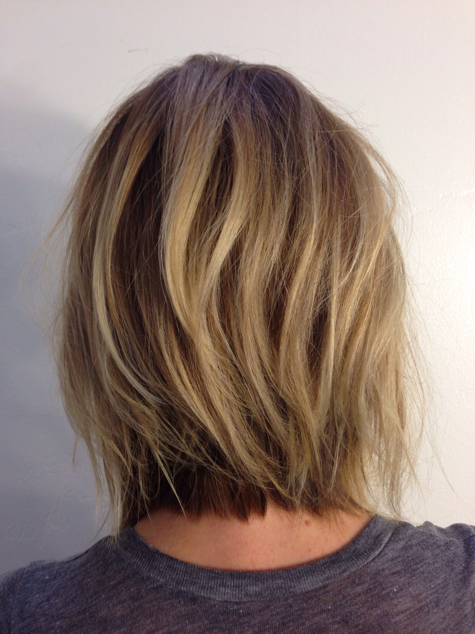layer bob haircut andreamillerhair neck length layers pinteres 6089