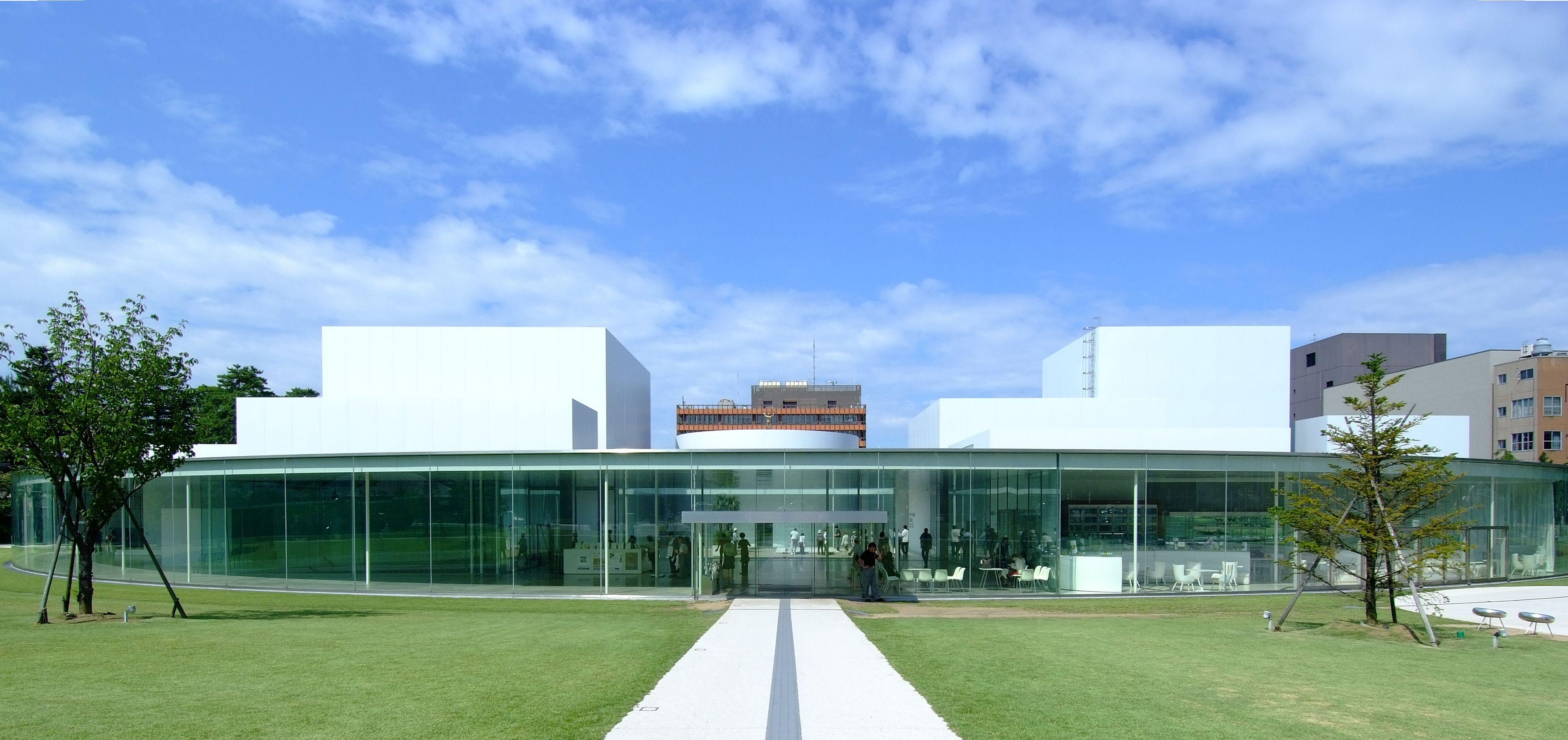 金沢美術館 by 妹島和世