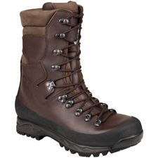 Boots, Mountaineering boots, Hunting