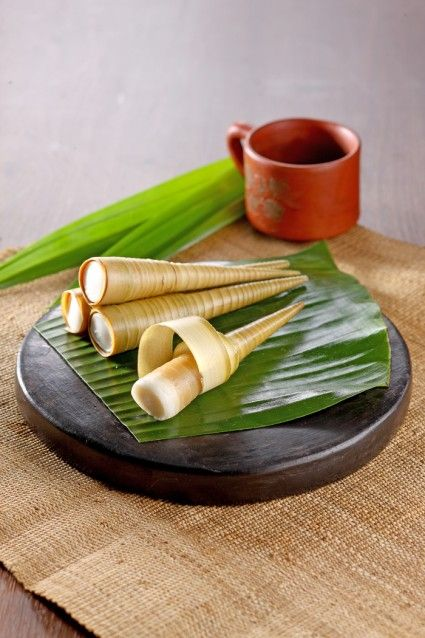 Clorot Kue Tradisional Berbungkus Janur Tampil Dengan Rasa Yang Menggiurkan Mari Kunjungi Resepnya Resep Kue Makanan