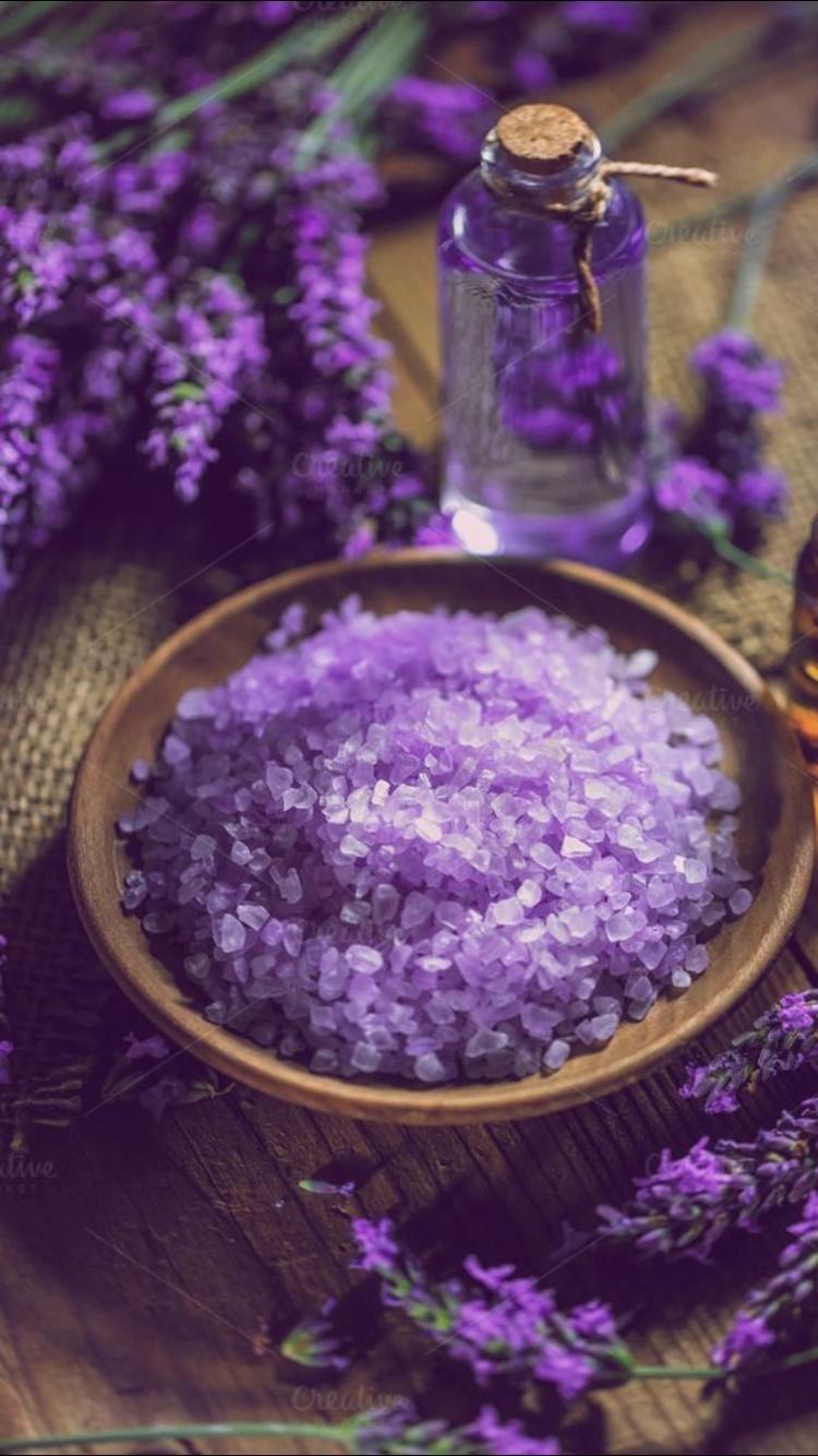 Green herbal flowers in sunny mood. Pin by Jill Hendricks on Duvar Kağıdı | Lavender aesthetic