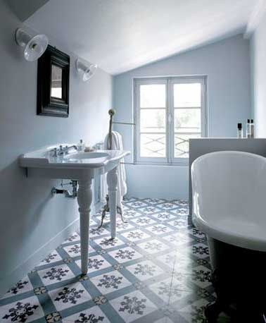 Salle De Bain Carreau Ciment Bleu Des Carreaux Pour Une R ...