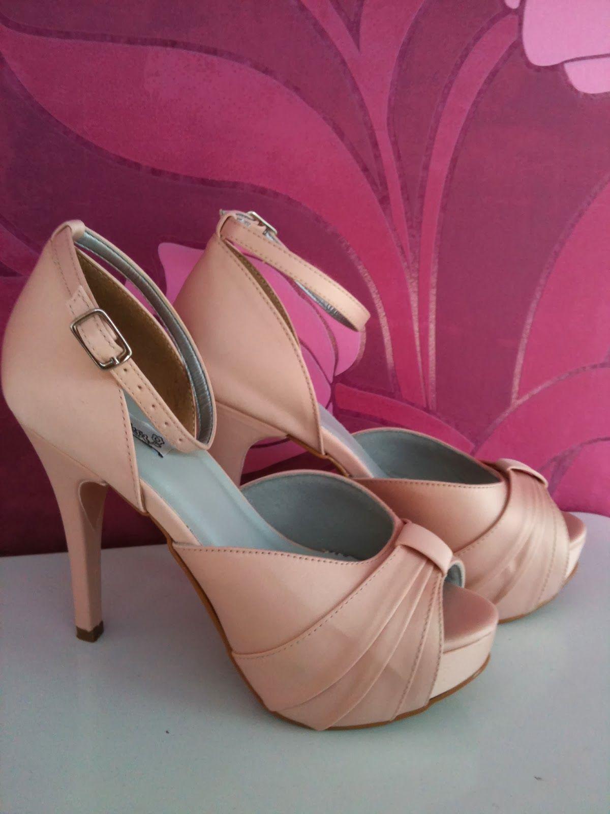 Sapato de Noiva (outras ocasiões e madrinhas) em um lindo cetim Rosa ...