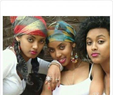 Hot nairobi chicks