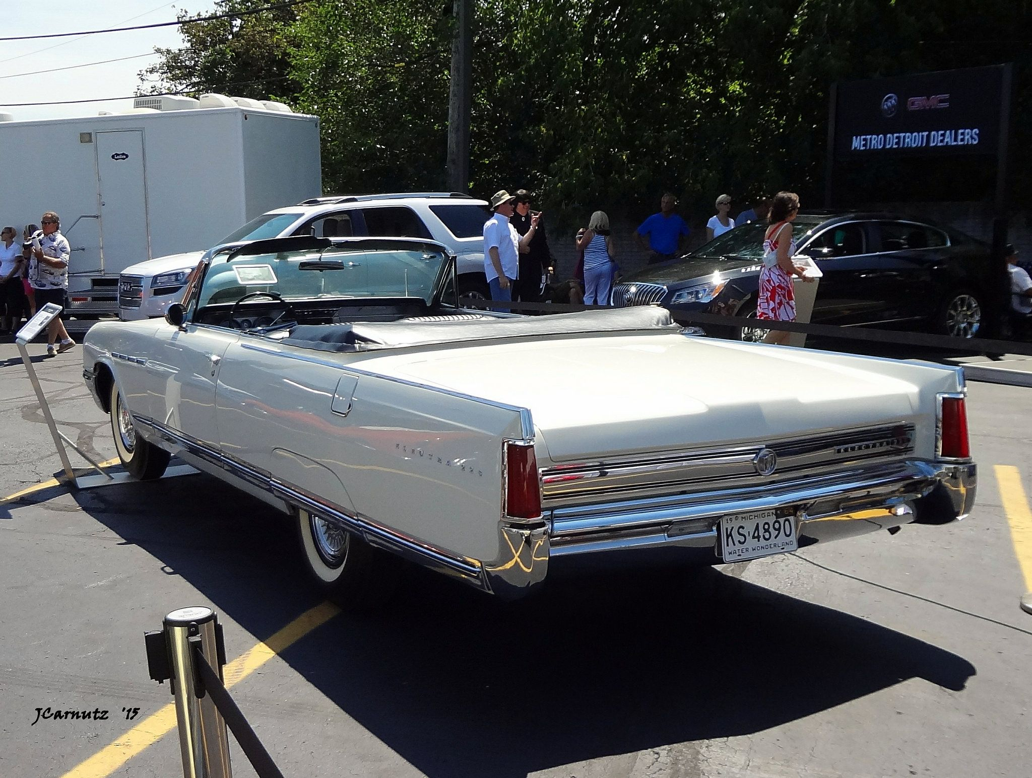 1254 best The Olden Days images on Pinterest | Cool cars, 50s cars ...
