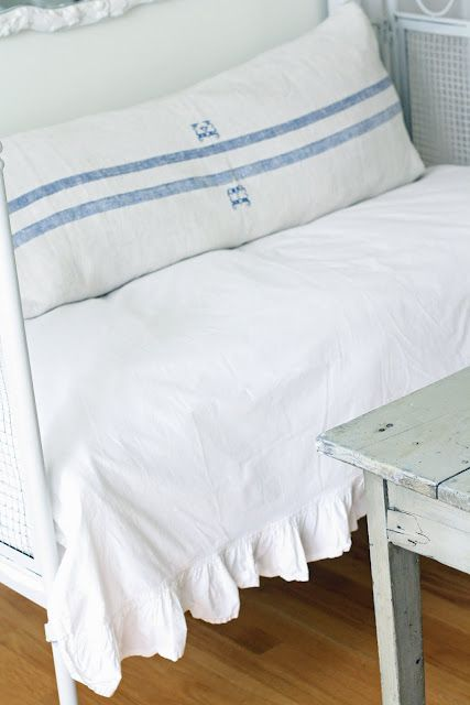 Grain sack pillowcase for daybed
