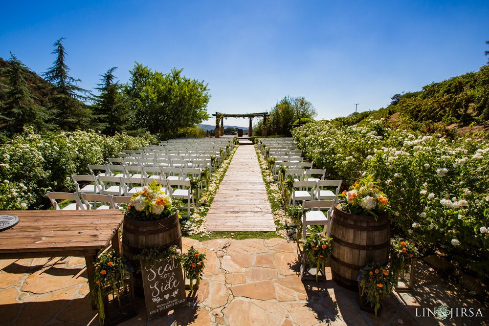 Serendipity Gardens Oak Glen Wedding Ryanne Orlando Serendipity Garden Weddings Oak Glen Wedding Garden Wedding Venue