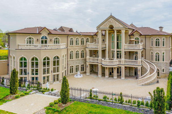 Stately ornate 24 000 square foot mega mansion in canada for New homes canada