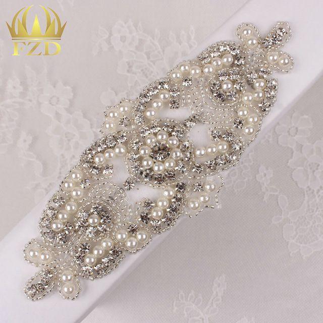 (30pieces) Wholesale Hot Fix Iron On Rhinestone Beaded Applique Crystal Sew  On… 85c54e355ef7