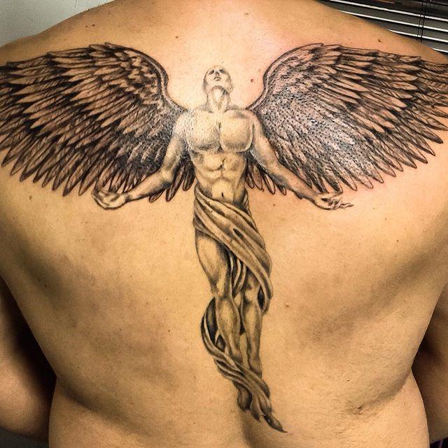 Pin De Behnam Em Tattoo Tatuagem Masculina Tatuagem De