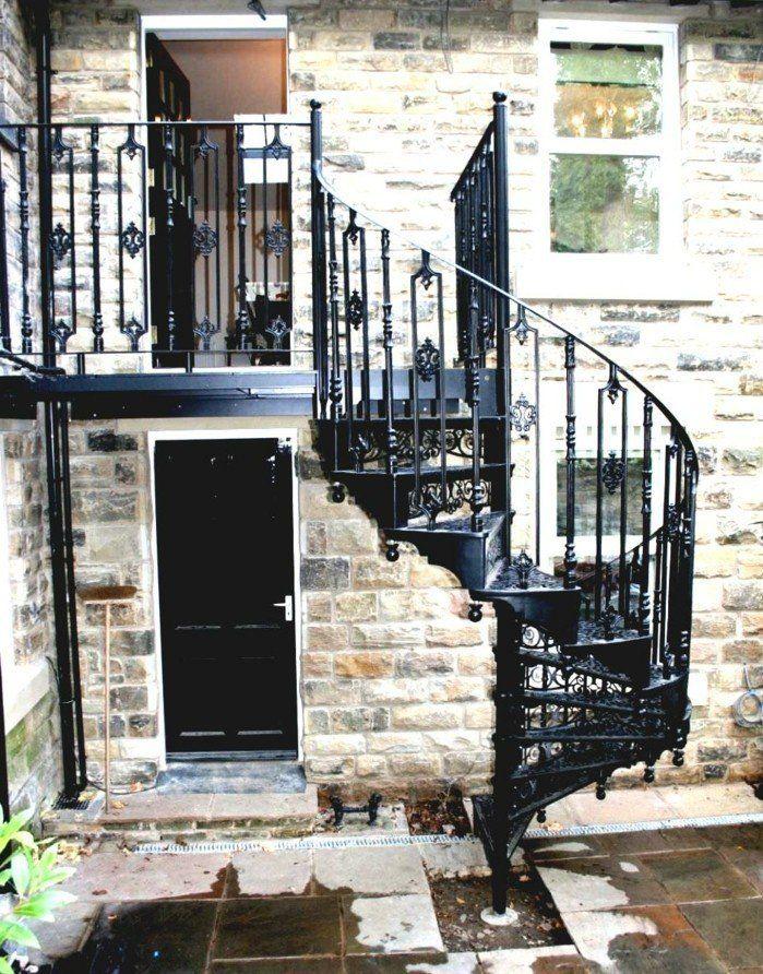 L Escalier Exterieur En 57 Photos Qui Vous Feront Rever Escalier Exterieur Escalier Escalier Colimacon Exterieur
