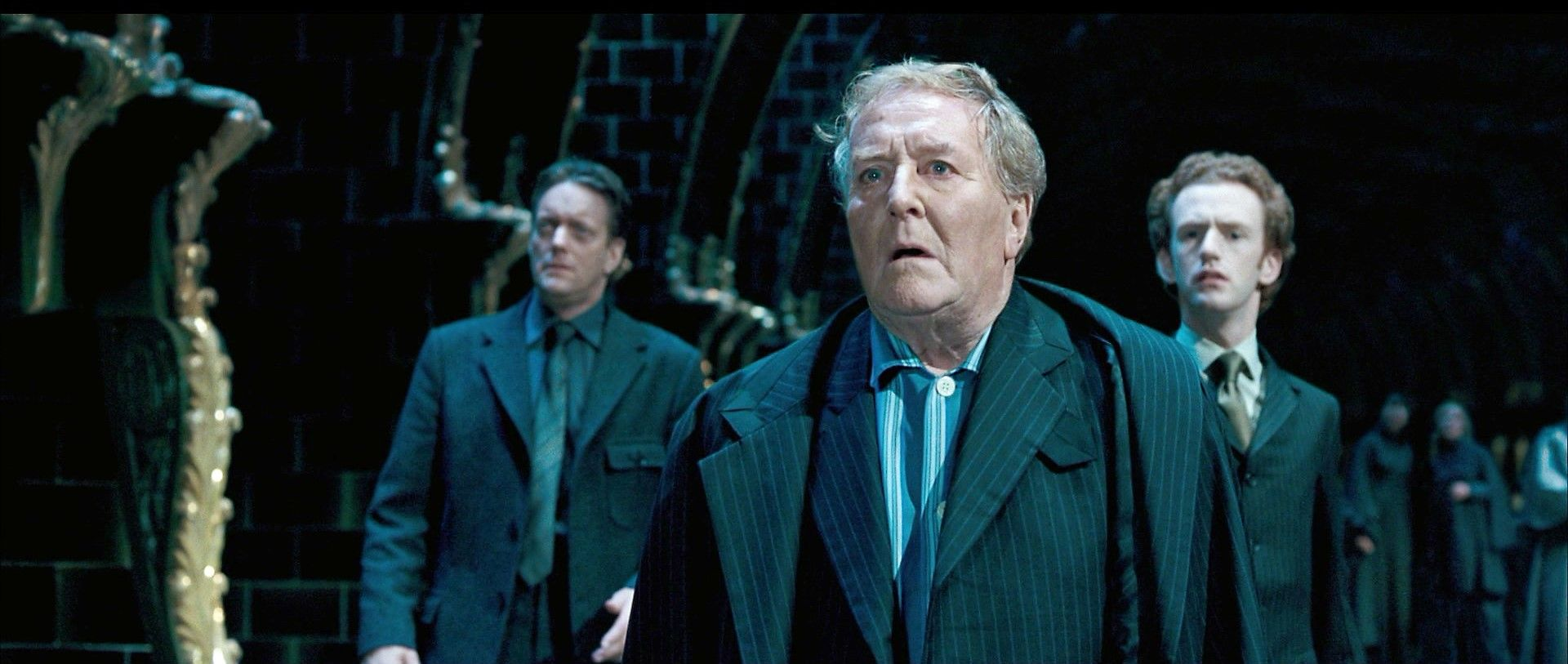 Pin By Lyss On Percy Weasley Harry Potter Actors Robert Hardy Harry Potter