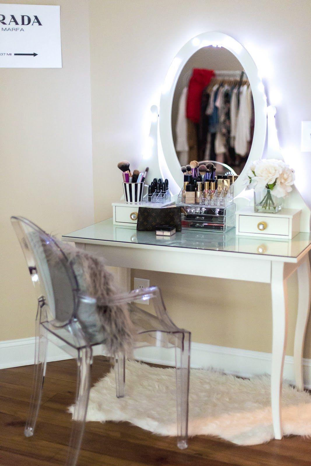 BEAUTY SETUP {Beauty space} Ikea vanity, Light up