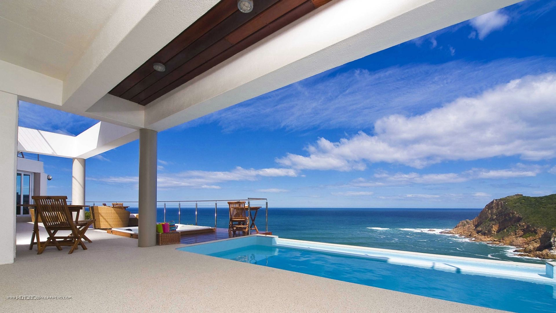 pool overlooking a beach http//luxurylifedesign