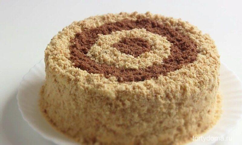 Простой рецепт сметанного торта на сковороде