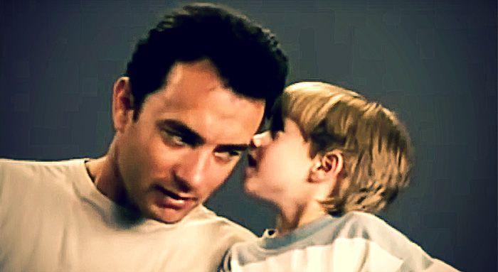Gillar du Tom Hanks? Då lär du älska det han gör i provfilmningen för Forrest Gump.