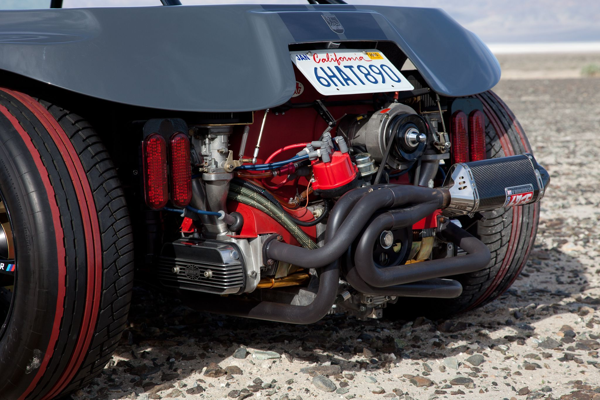 1776cc Scat air-cooled engine runs on twin Webers and features a
