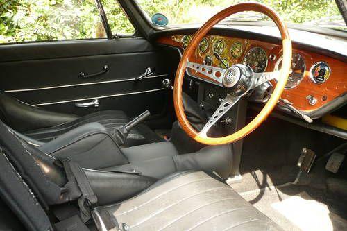 Triumph GT6 MK2 (1968) (picture 3 of 6)