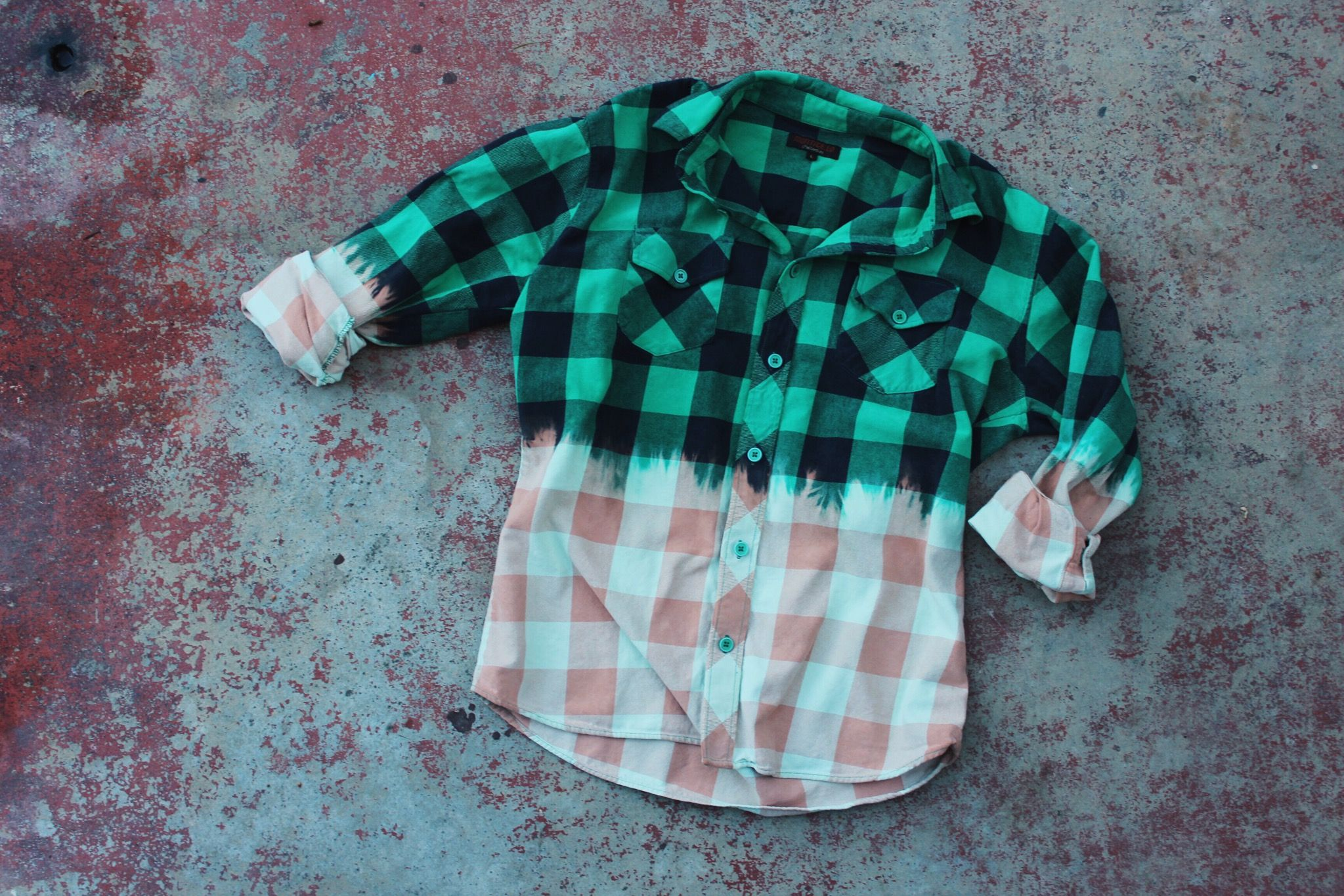 DIY dip dyed flannel tutorial 107136e91f001