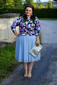 Curvy Claudia: Share-in-Style: Flowers