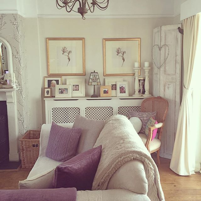 Shabby And Charming: An English Cottage With A Fantastic