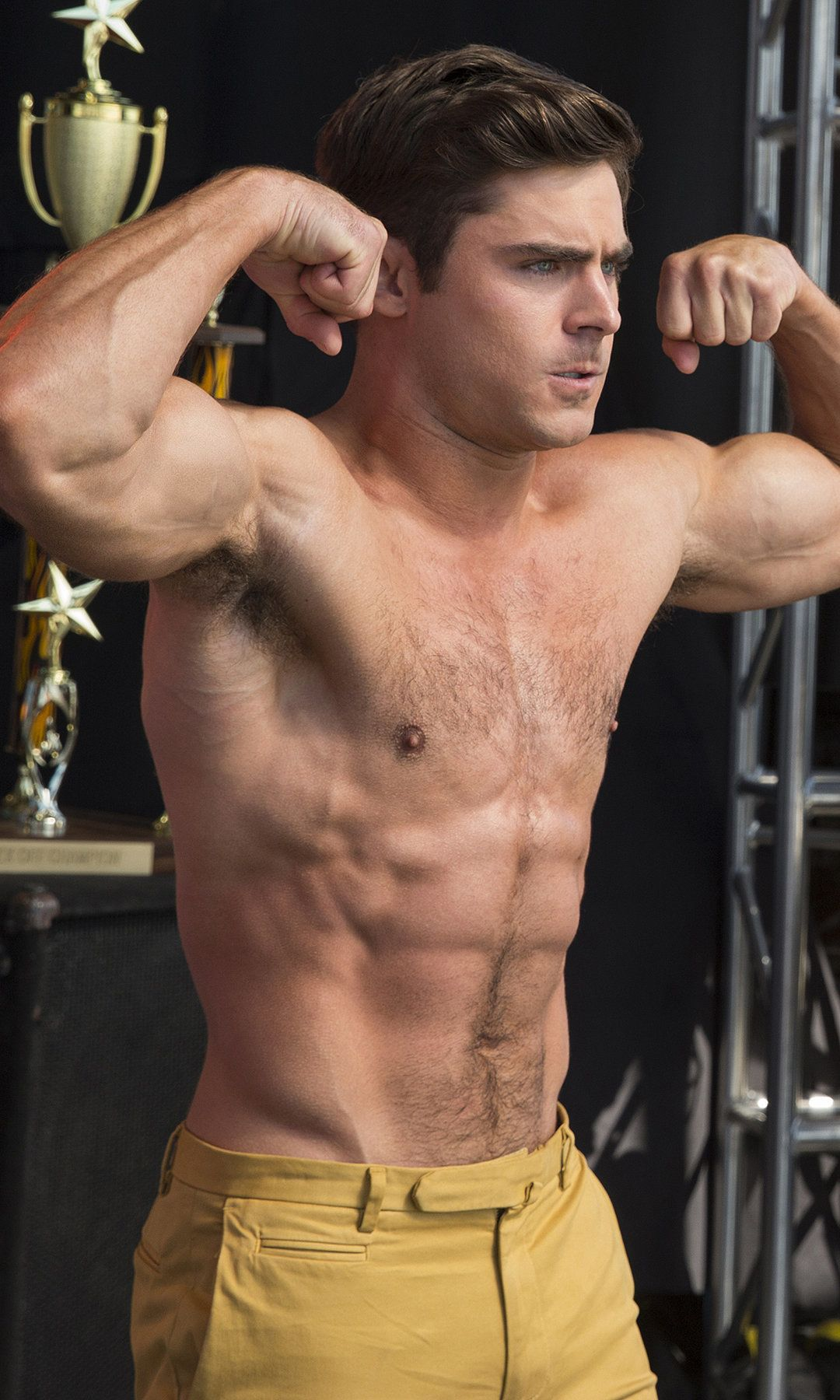 The 27 Most Important Shirtless Zac Efron Pictures