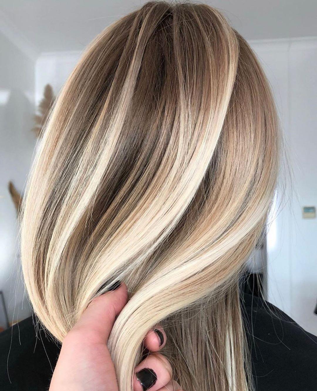 Boutique Blonde Salon On Instagram Ummm Ok Kirstyannehair You Better Get It Dimensiona Couleur De Cheveux Fantaisie Idee Couleur Cheveux Meches Colorees