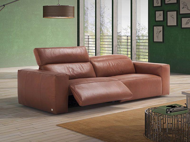 Photo D Un Canape Beverly Avec Possibilite Relaxation De Chez Ego Italiano Canape Relax Mobilier De Salon Canape Fauteuil