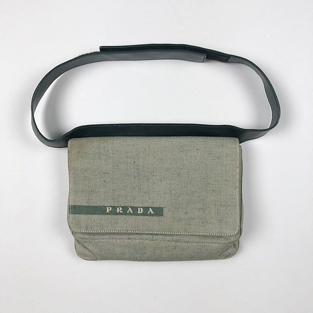 cde02a6c6c00 Prada Spring 1999 Bum Bag in Green | 1 in 2019 | Prada spring, Prada ...