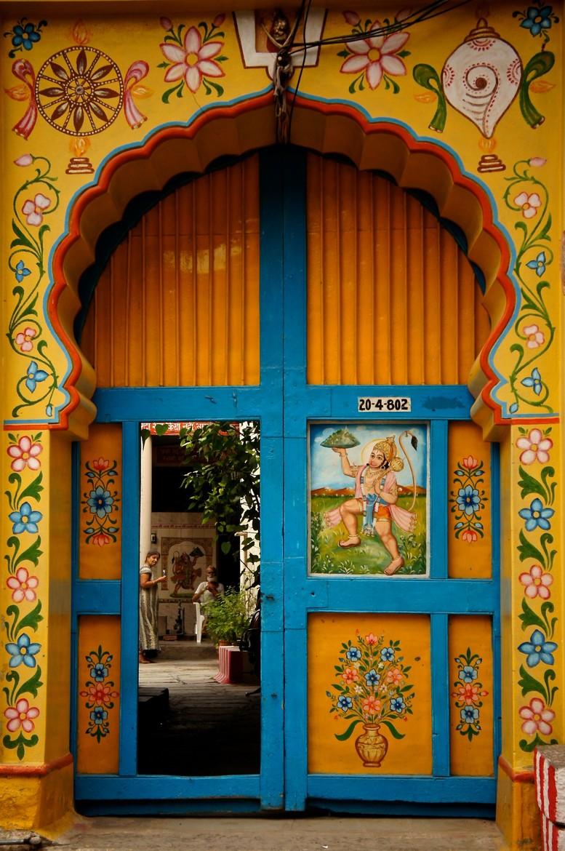 Hausfrontdesign in rajasthan doors india  folk art  pinterest  doors india and portal