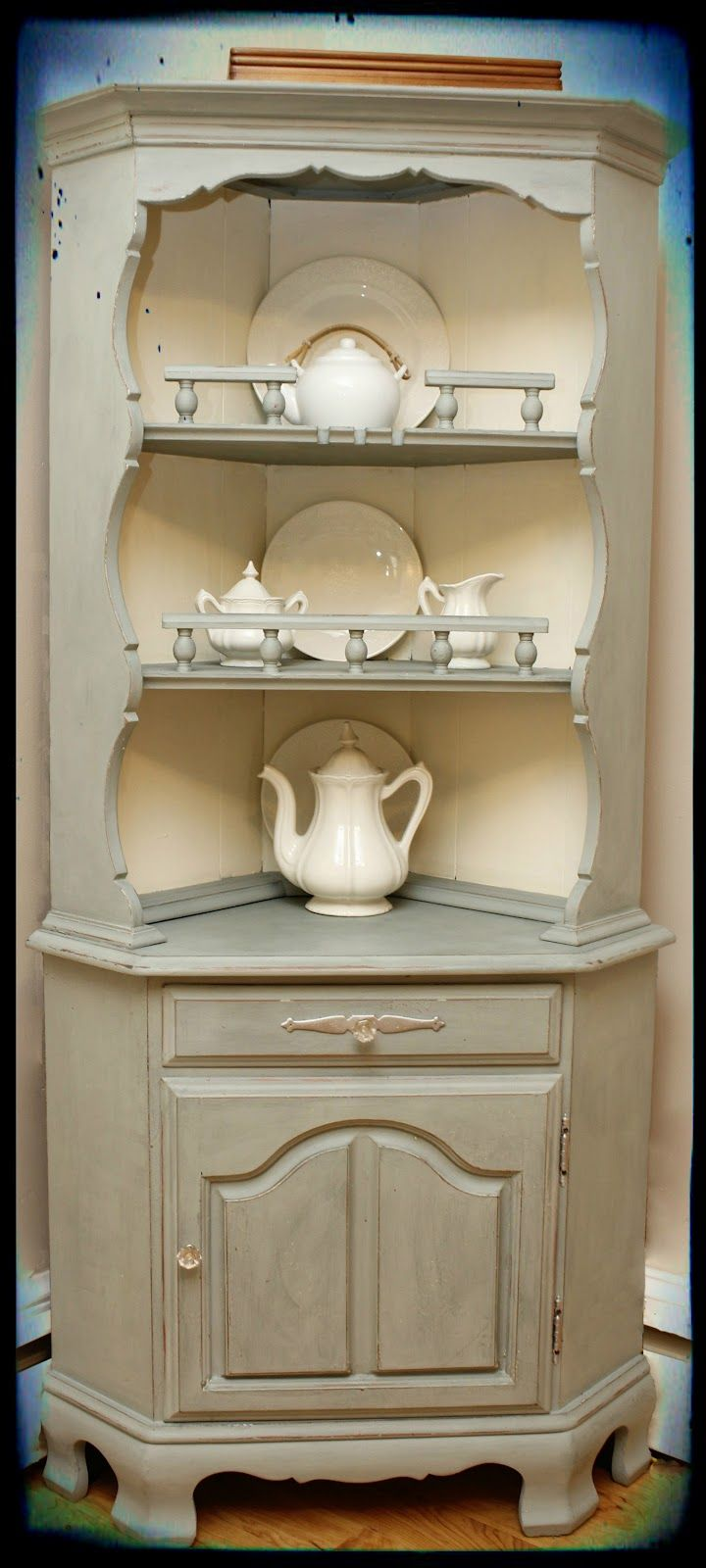 CeCe Caldwell Chalk Paint in Smokey Mountain (the darker color ...