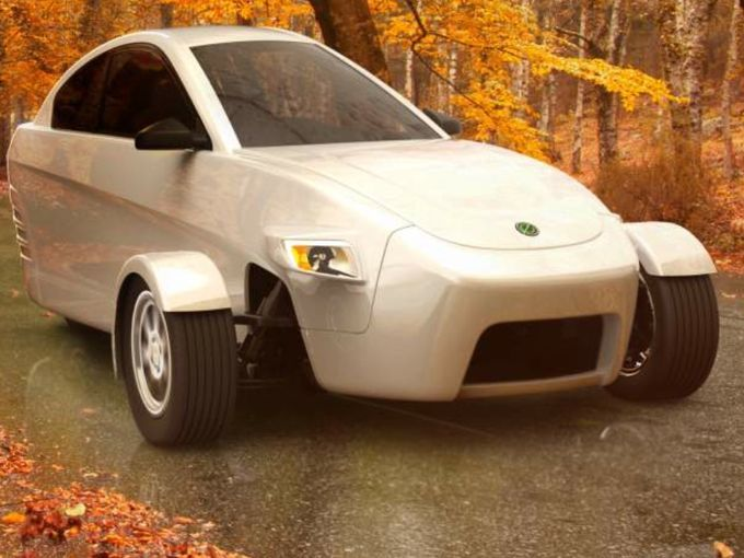 The Elio As Seen On A Country Road Three Wheel Car Designed To For 6 800 And Get 84 Miles Per Gallon Highway