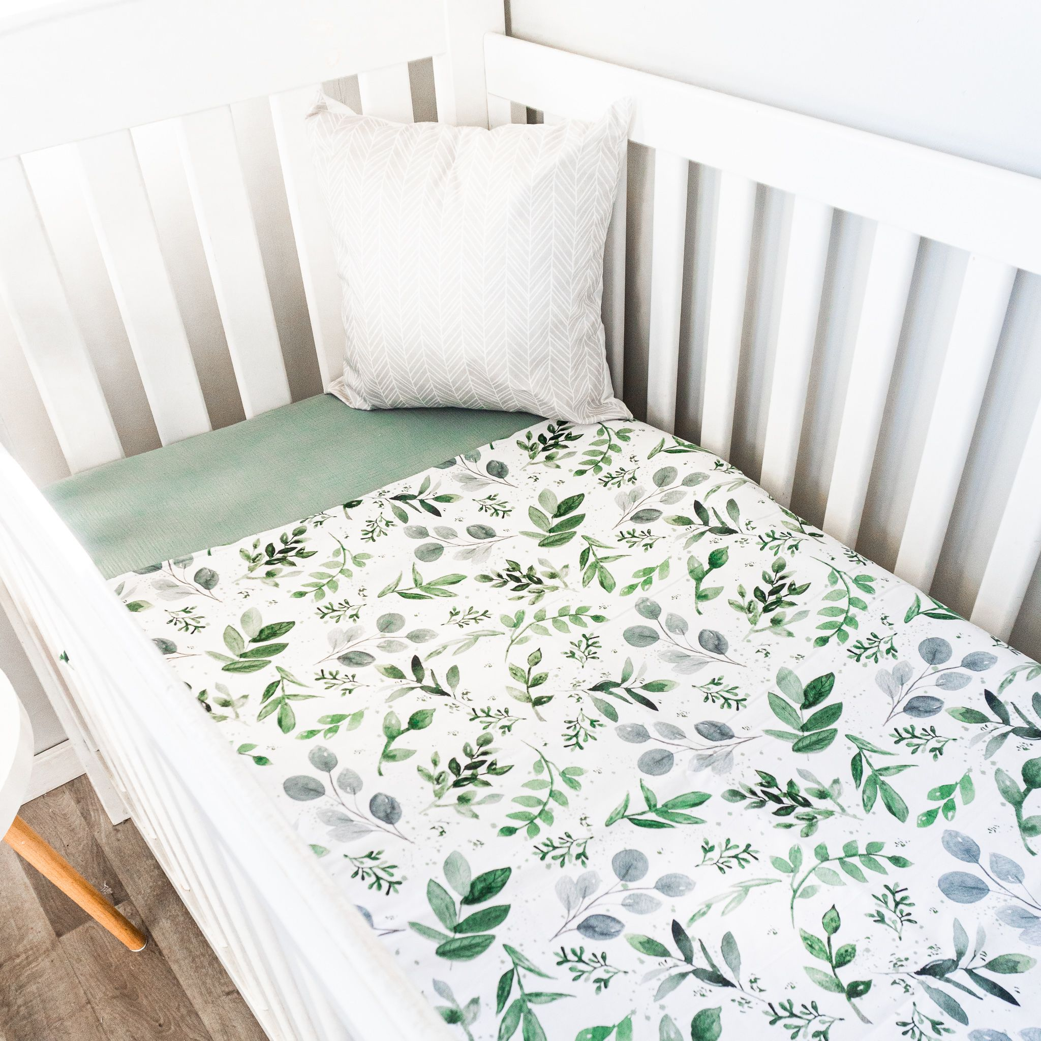 Back Order Watercolour Leaves Quilt Neutral Baby Blankets