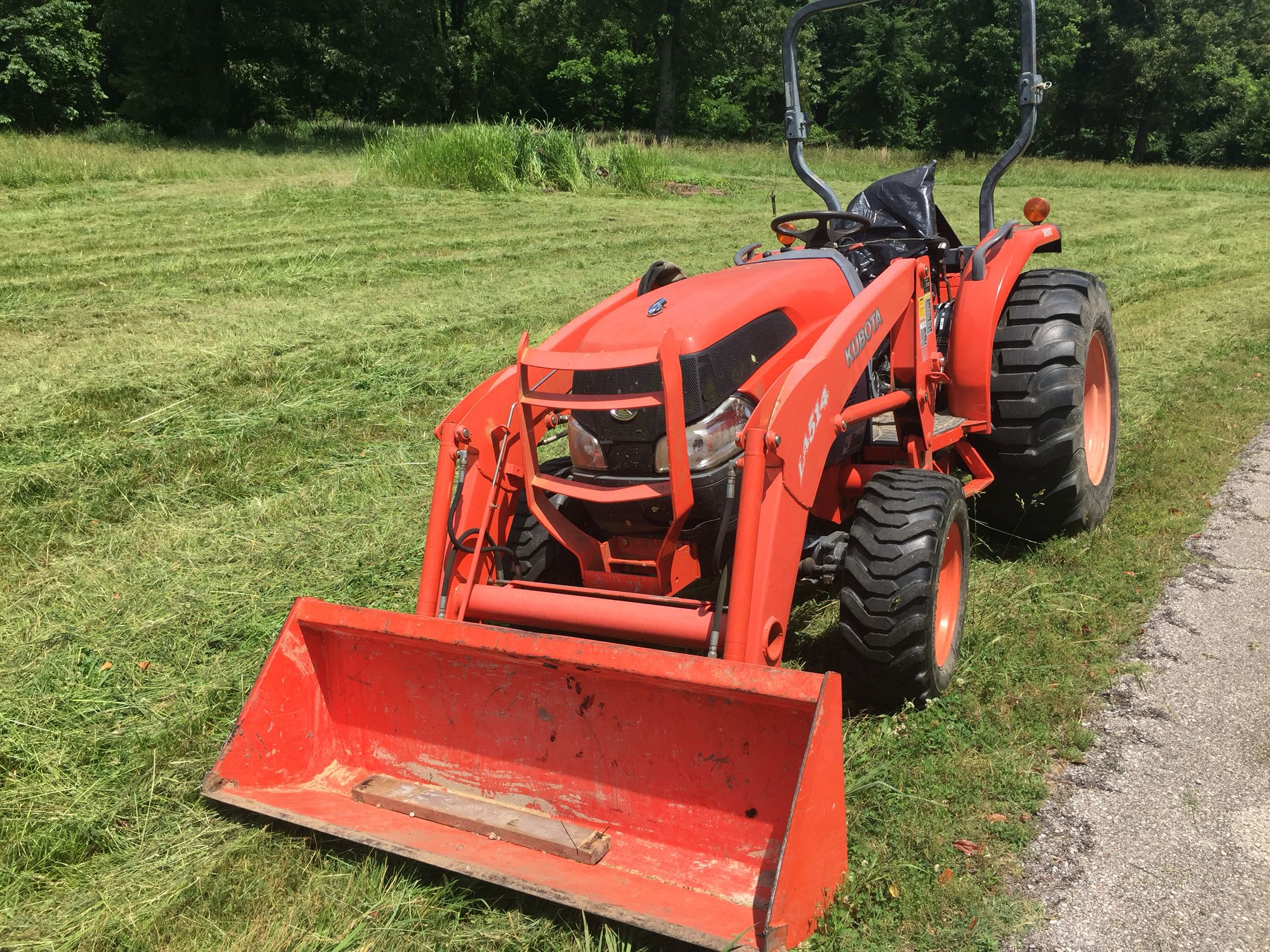 Best 25 kubota lawn tractors ideas on pinterest garden tractor attachments used kubota for Used lawn and garden equipment