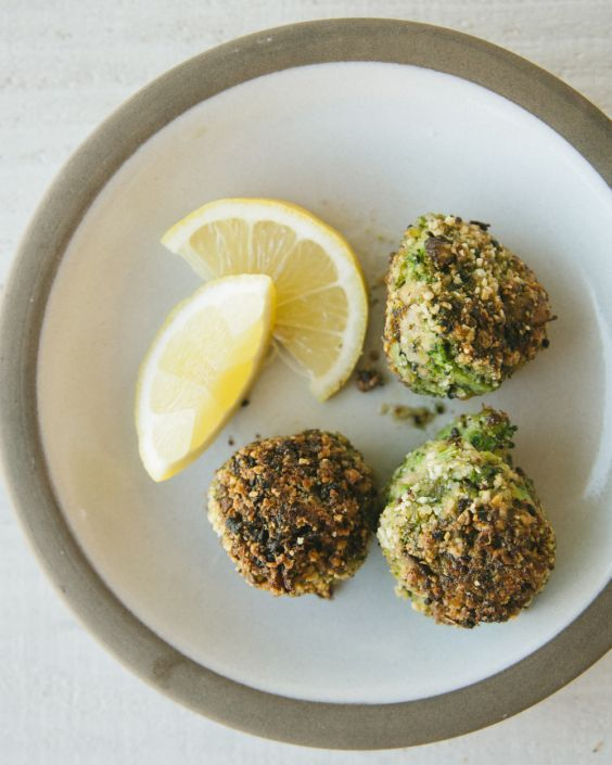 """Broccoli Rice: 19 Low-Carb Recipes That Use the Green Vegetable 