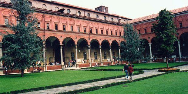 Universita Cattolica Del Sacro Cuore Milan Italy Milano Africa Universo