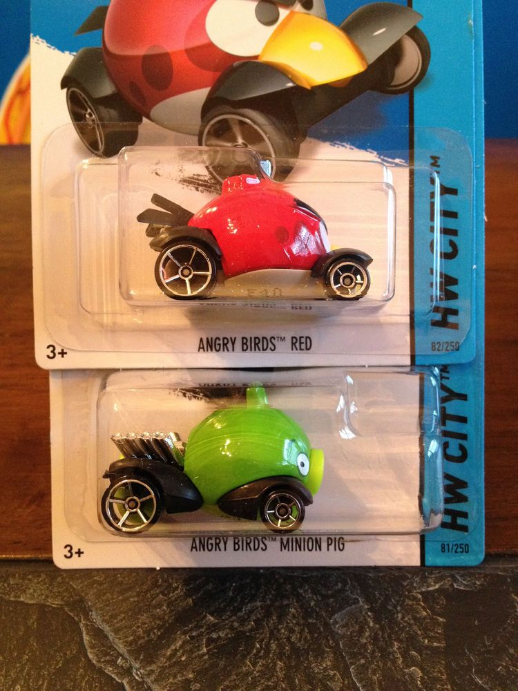 Hot Wheels Angry Birds Red And Minion Pig