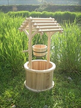 garden wishing well garden wishing well planters patio planters traditional outdoor. Black Bedroom Furniture Sets. Home Design Ideas