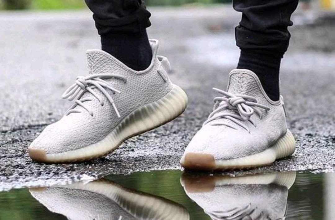"""2018 adidas yeezy boost 350 v2 """"sesame"""" f99710 new in 2020"""